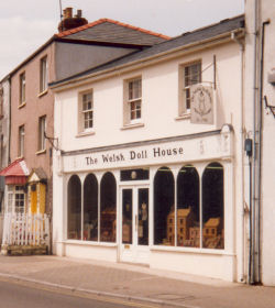 The Welsh Doll House